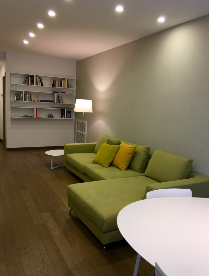 Arredamento completo per appartamento in centro a ravenna for Arredamento appartamento completo